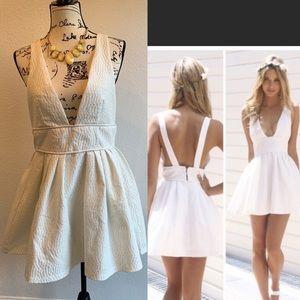 Sabo skirt white open back dress size 12 NWT